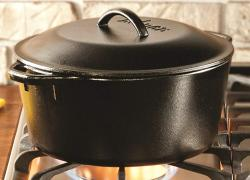 Lodge 7 Quart Cast Iron Dutch Oven Review