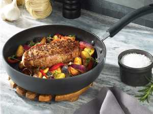 Hard Anodized Nonstick Pan